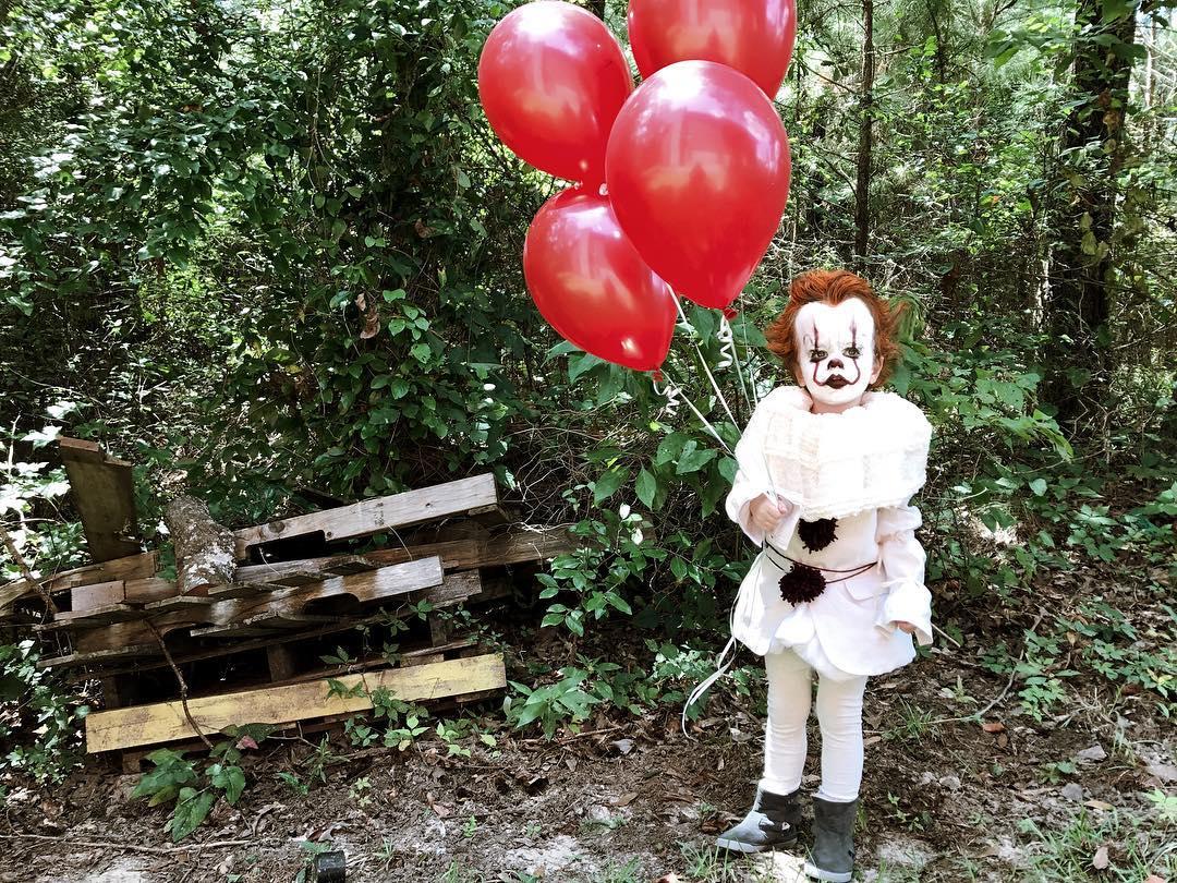 Creepy IT costume