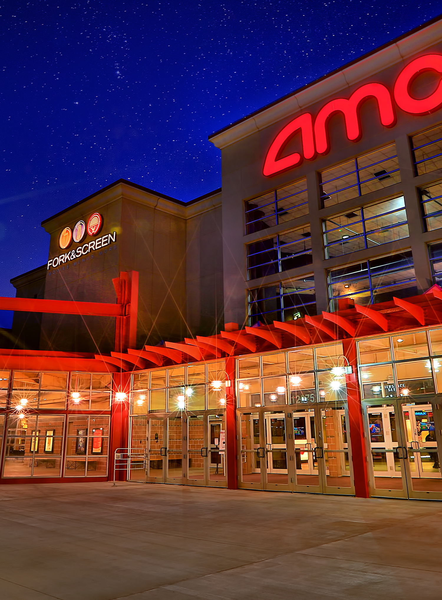Amc Dine In Studio 28 Full Service Temporarily Suspended Order From The Ordering Station We Ll Deliver To Your Seat Olathe Kansas 66062 Amc Theatres