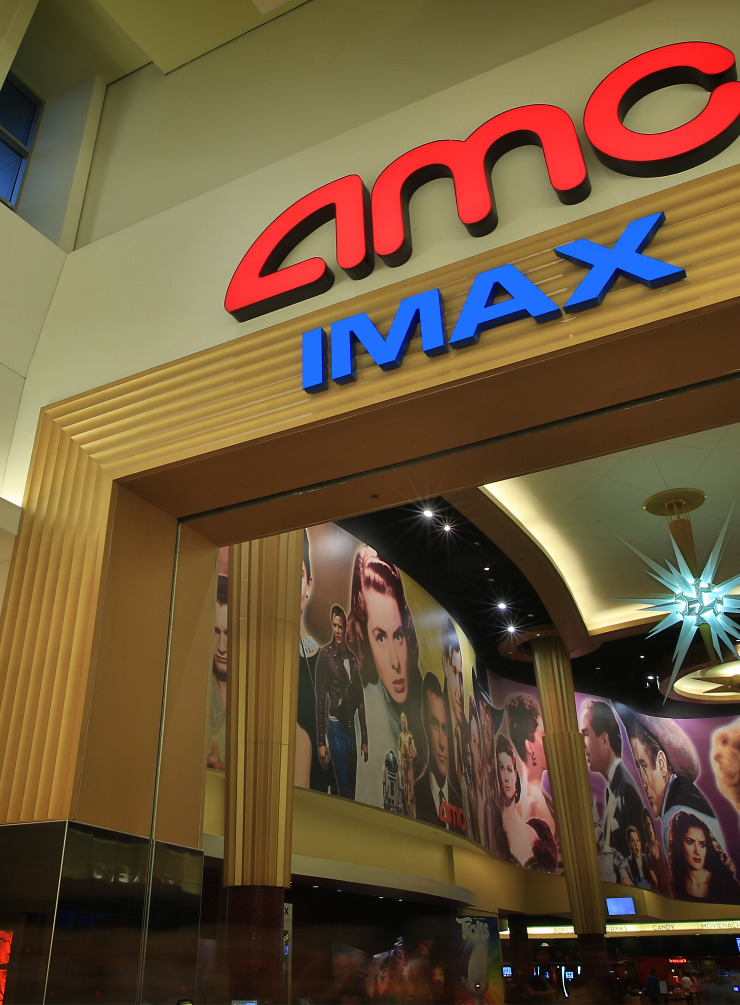 Amc Garden State 16 Paramus New Jersey 07652 Amc Theatres