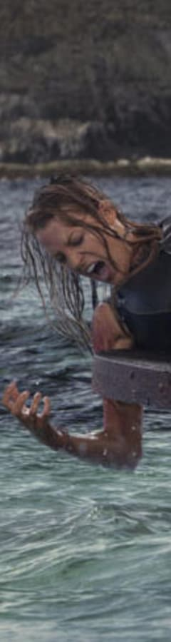 Movie still from The Shallows