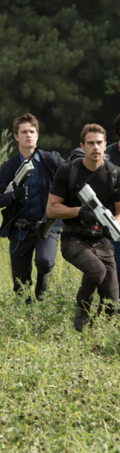 Movie still from Divergent Series: Allegiant
