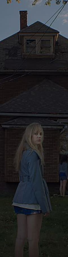 Movie still from It Follows