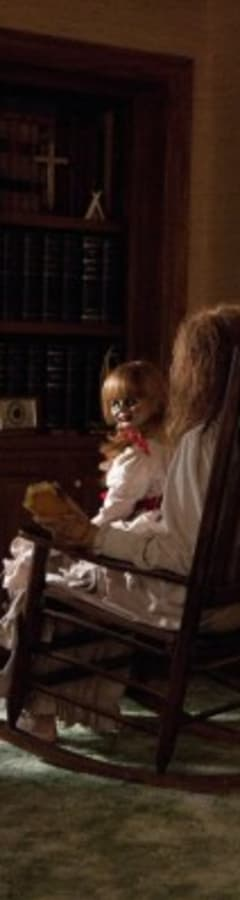 Movie still from Annabelle