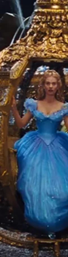 Movie still from Cinderella (2015)