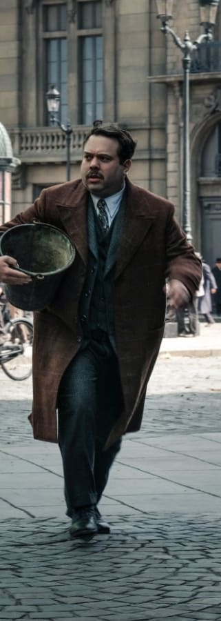 Movie still from Fantastic Beasts: Crimes Of Grindelwald