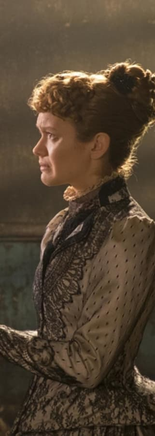 Movie still from The Limehouse Golem