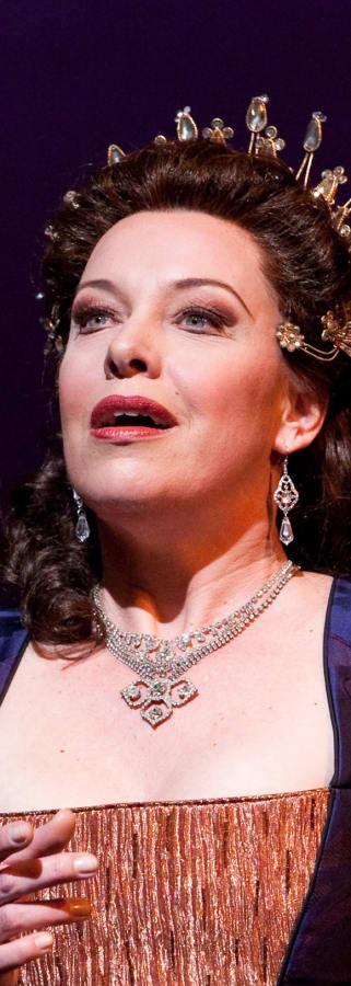 Movie still from METEn: Turandot Encore
