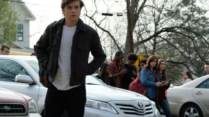 Play trailer for Love, Simon