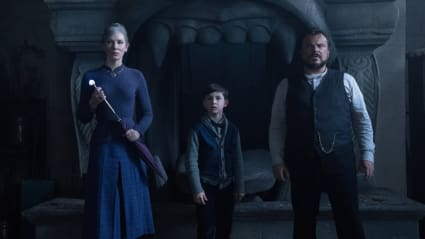 Play trailer for The House With A Clock In Its Walls (w/ Michael Jackson's Thriller): IMAX